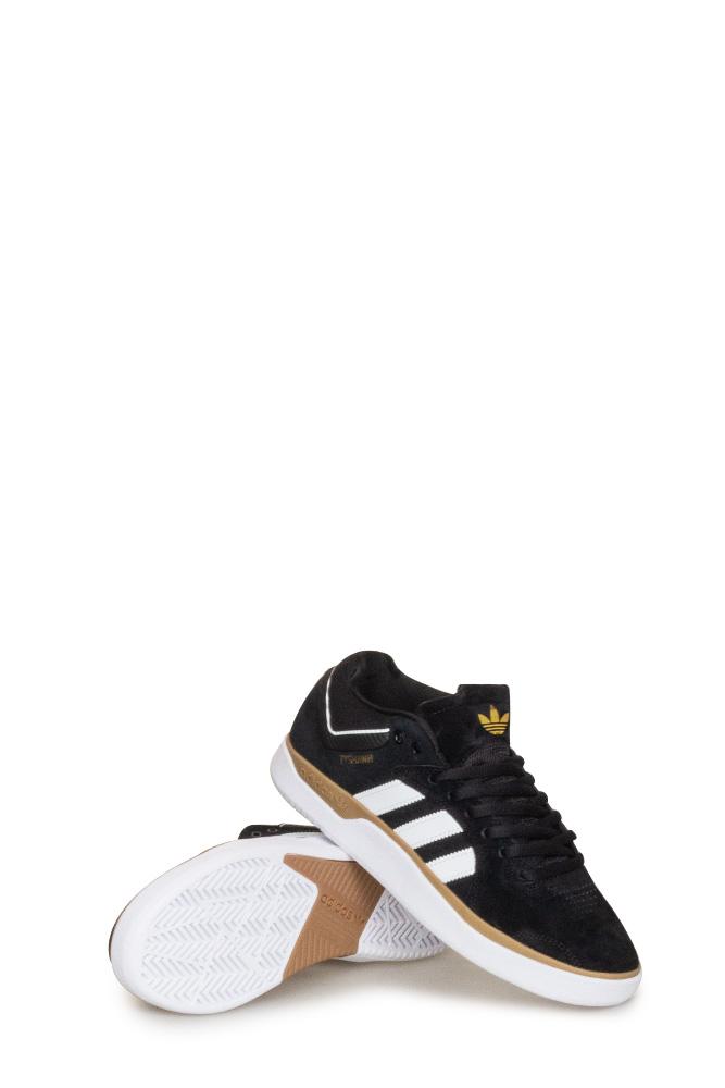 adidas-tyshawn-shoe-black-white-gum-01