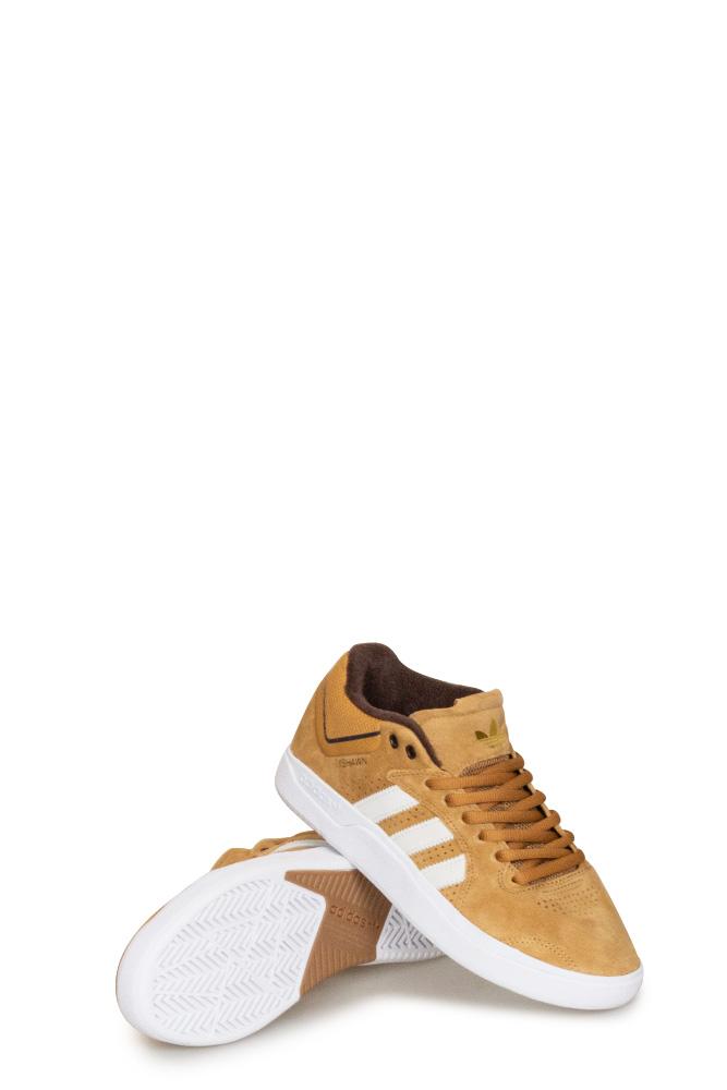 adidas-tyshawn-shoe-mesa-white-brown-01