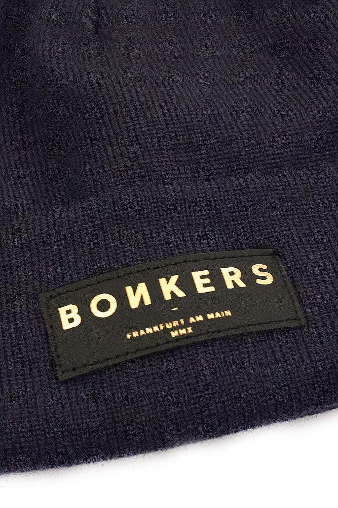 bonkers-merino-wool-beanie-long-deep-navy-gold-02