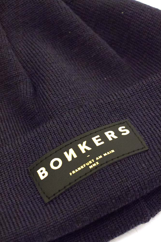 bonkers-merino-wool-beanie-short-deep-navy-gold-02