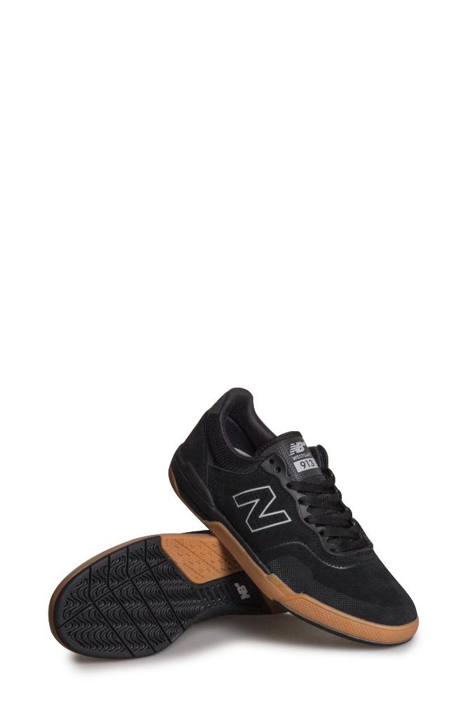 new-balance-numeric-913-shoe-black-gum-01
