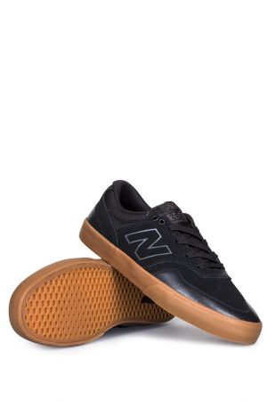 new-balance-numeric-arto-saari-358-black-gum-01