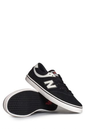 new-balance-numeric-quincy-254-shoe-black-white-01
