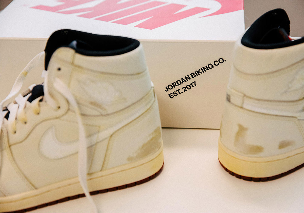 You can buy the Air Jordan 1 Retro High OG at our our shop in Frankfurt  from the 1st of September. 6013c859e1