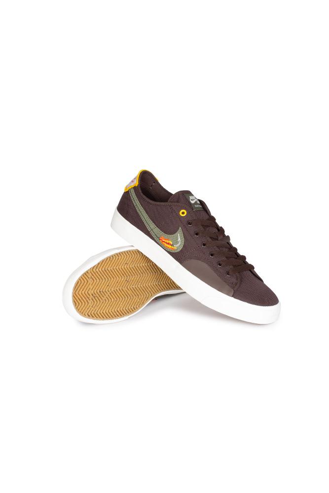nike-sb-blzr-court-shoe-daan-van-der-linden-baroque-brown-medium-olive-01