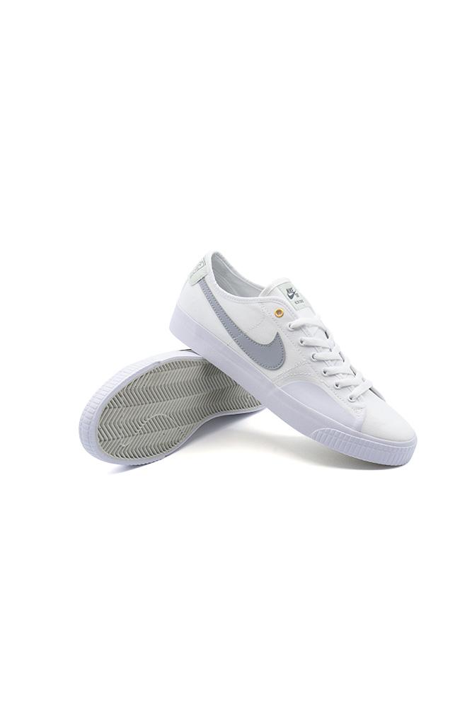 nike-sb-blzr-court-shoe-daan-van-der-linden-white-wolf-grey-white-01