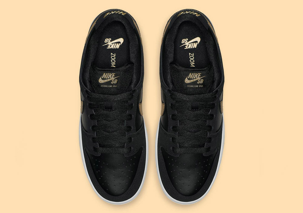 """finest selection 97bc5 e85a1 You can buy the Nike Dunk SB """"Takashi"""" both at our web shop and at our  store in Frankfurt."""