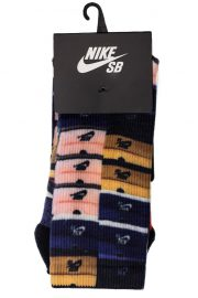 nike-sb-dunk-sb-boxes-crew-socks-01