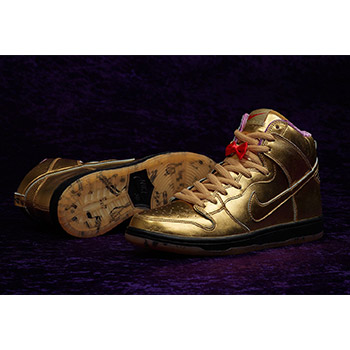 6d9602bacad4 Nike SB X Humidity (300 Years Of New Orleans Dunk)