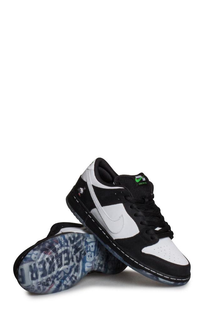 super popular 4cb4f 2376d Nike SB X Staple Dunk Low Pro OG QS Shoe (Panda Pigeon) Black White Green  Gusto