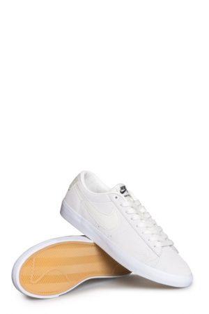 a00921b591bf5 Nike SB Zoom Blazer Low GT Shoe Summit White Summit White Select options