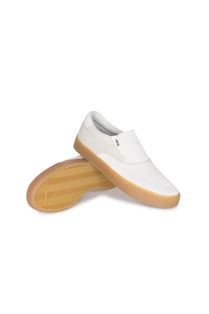nike-sb-zoom-verona-slip-shoe-summit-white-summit-white-01
