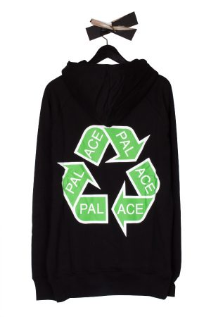 palace-p-cycle-hoodie-black-02