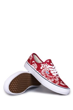 vans-authentic-pro-50th-66-duke-kahanamoku-red-white-01