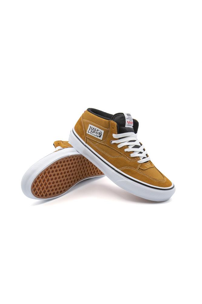 vans-half-cap-92-skate-shoe-andrew-reynolds-golden-brown-01