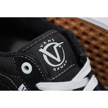 Used White Authentic Core Classics Vans for sale in Boiling