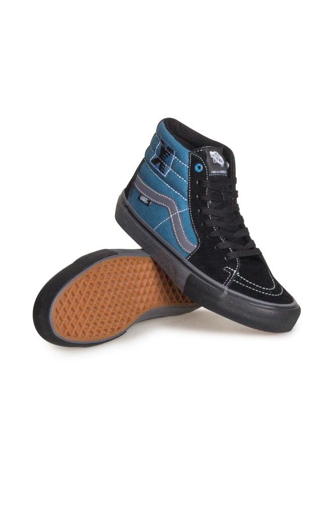 vans-sci-fi-fantasy-sk8-hi-pro-ltd-shoe-black-blue